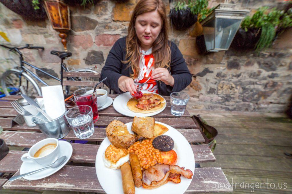 Proper English Breakfast: aka Pure Cholesterol